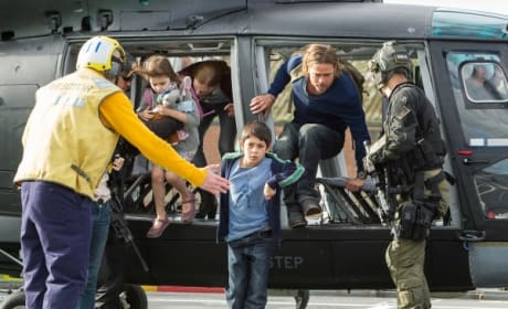 World War Z Brad Pitt Helicopter Pic