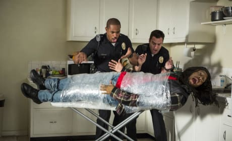 Damon Wayans Jr. Jake Johnson Let's Be Cops