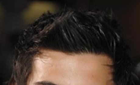 Taylor Lautner Pic