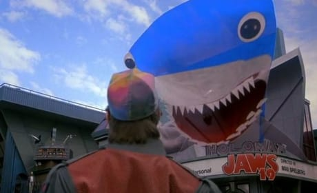 Back to the Future Part II Jaws 19