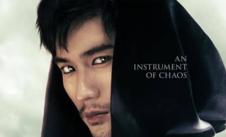 The Mortal Instruments: City of Bones Magnus Poster
