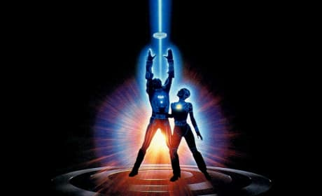 Tr2n: Tron Sequel Official!