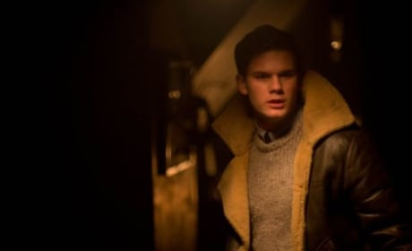 "The Woman in Black 2 Angel of Death Exclusive: Jeremy Irvine Dishes ""Psychologically Disturbing"" Horror"