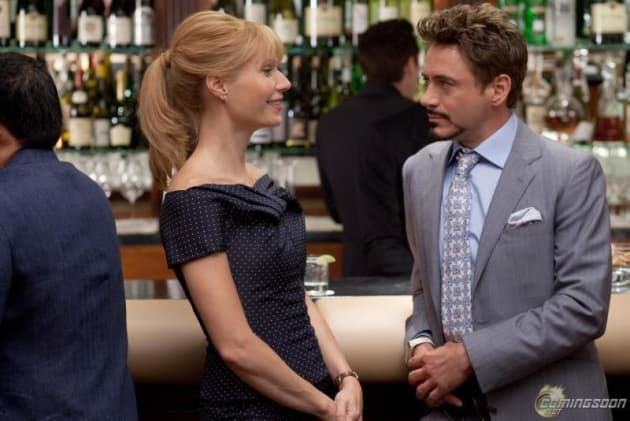 Tony and Pepper at the Bar