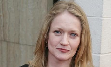 Hunger Games Casting: Paula Malcomson To Play Mrs. Everdeen