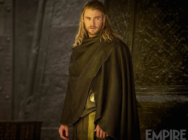 Chris Hemsworth Stars in Thor: The Dark World
