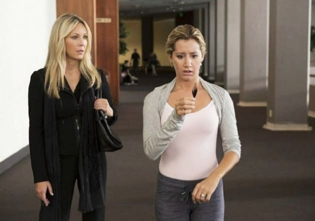 Heather Locklear Ashley Tisdale Scary Movie 5