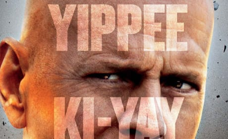 A Good Day to Die Hard International Poster