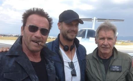 The Expendables 3: Arnold Schwarzenegger Tweets Photo With Harrison Ford!
