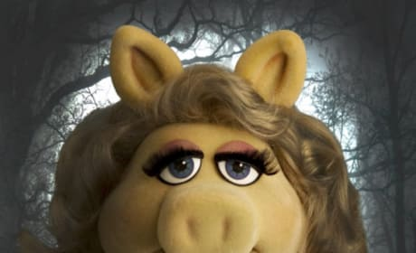 Miss Piggy as Bella from Breaking Dawn