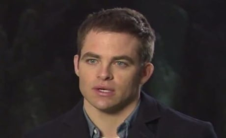 Jack Ryan Shadow Recruit Featurette: Meet Chris Pine as Iconic Character