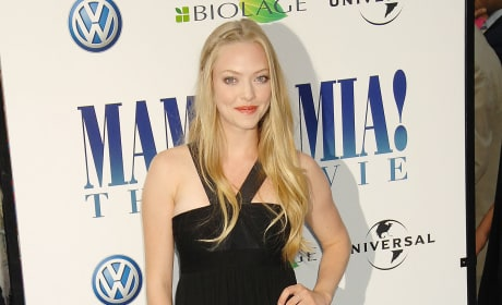 Amanda Seyfried Confirms Mama Mia 2