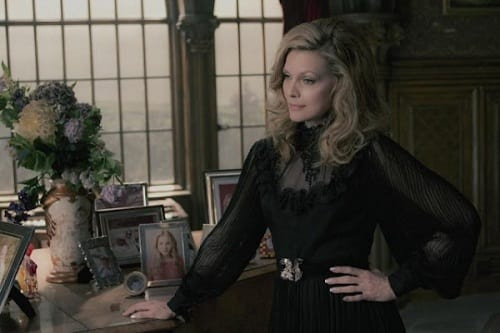 Michelle Pfeiffer in Dark Shadows