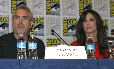"Gravity: Sandra Bullock on George Clooney Prank ""Truce"" on Set"