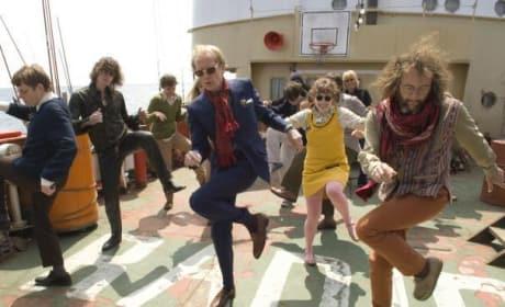 The cast dances!