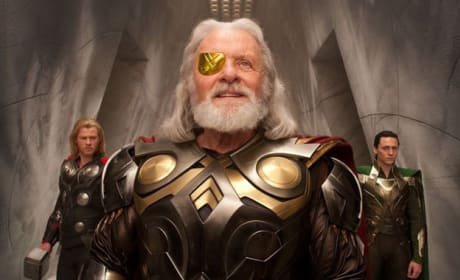 Anthony Hopkins and Chris Hemsworth in a New Thor Picture!