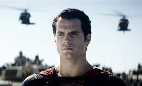 Man of Steel Gets a New Still: Henry Cavill is Superman
