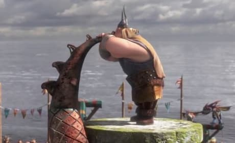 How to Train Your Dragon 2 Clip: Welcome to the Dragon Races!