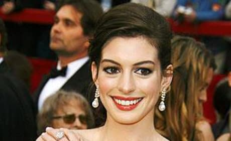Anne Hathaway Picture