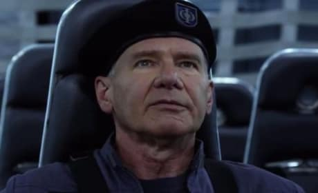 Ender's Game Featurette: Building Ender's World