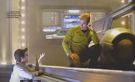 J.J. Abrams Chris Pine Star Trek Into Darkness