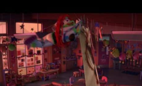 Toy Story 3 - Buzz Flies clip