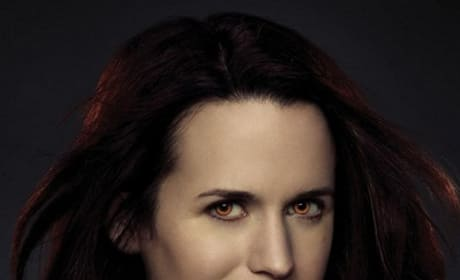 Breaking Dawn Part 2: Elizabeth Reaser Dishes Epic Ending