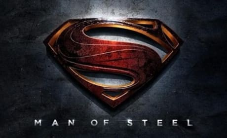 Man of Steel: Warner Bros Debuts Banner!