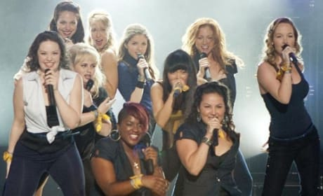 Pitch Perfect Review: A Singing Sensation