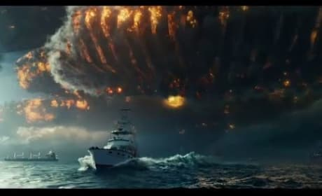 Independence Day: Resurgence Trailer - They're Baaaack!