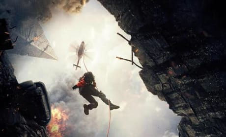 San Andreas Poster: Dwayne Johnson Drops In To Save the Day