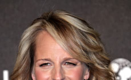 Helen Hunt Set To Direct Ride