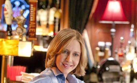 Vera Farmiga as Alex Goran