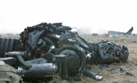Terminator Salvation: Photos Galore!