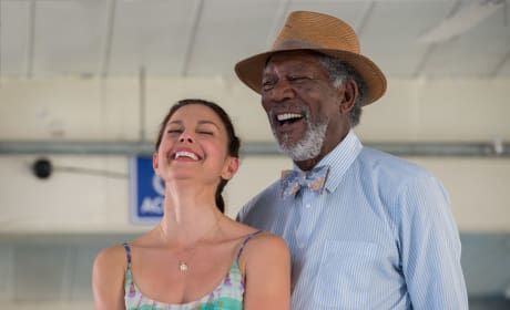 Dolphin Tale 2 Ashley Judd Morgan Freeman