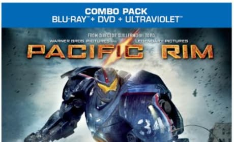 Pacific Rim DVD/Blu-Ray Combo Pack