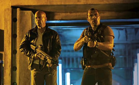 A Good Day to Die Hard Drops First Still: John McClane Sr. and Jr.