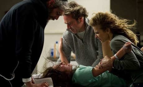 Jeffrey Dean Morgan and Kyra Sedgwick The Possession