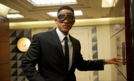 Men in Black 3 Photos: Eight Stills of Josh Brolin and Will Smith