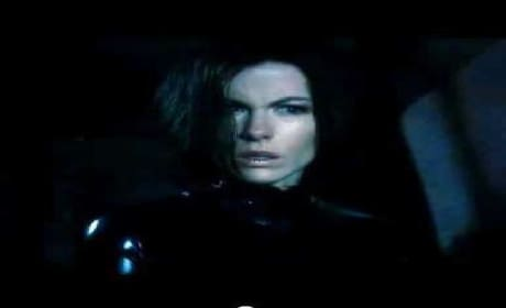 Underworld Awakening Clip: Selene and Eve Talk it Out