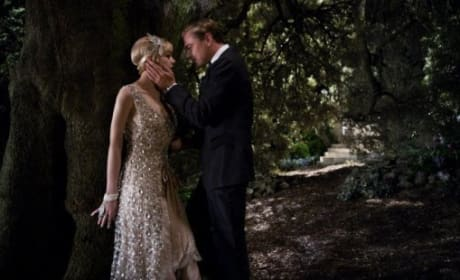 The Great Gatsby Image: Leonardo DiCaprio and Carey Mulligan Get Close