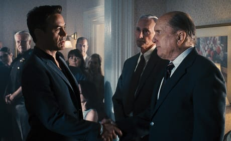 "The Judge: Robert Downey Jr. & Robert Duvall on Climbing Dramatic ""Mountain"""