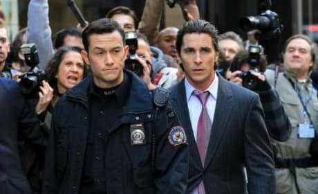 The Dark Knight Rises: Joseph Gordon-Levitt's Cop First Photo