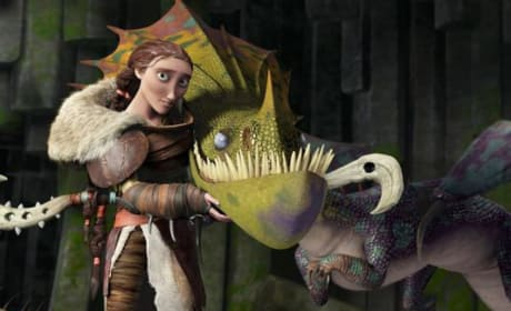 How to Train Your Dragon 2 Clip: Hiccup Meets His Mom!