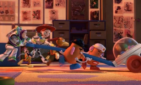 Toy Story 3 Stays On Top for Second Week in a Row