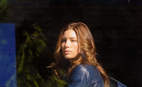 Jessica Biel Looks Hot and Sleuthy in New A-Team