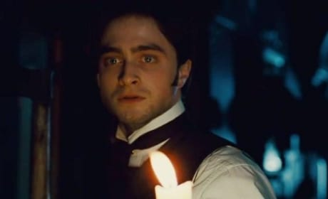 Daniel Radcliffe in The Woman in Black Trailer
