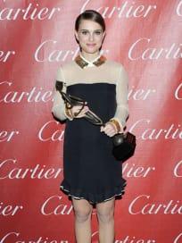 Natalie Portman Wins Actress Achievement Award