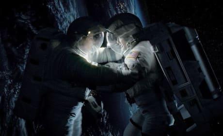 Gravity Stars Sandra Bullock George Clooney