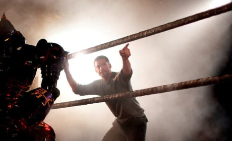 Get Your First Look at Hugh Jackman in Real Steel!